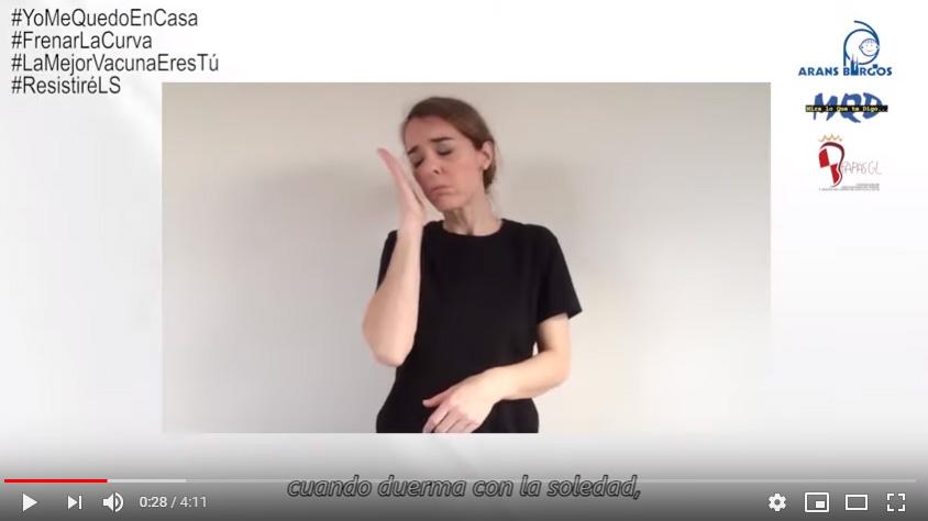 "Conchita interpretando ""Resistiré"""
