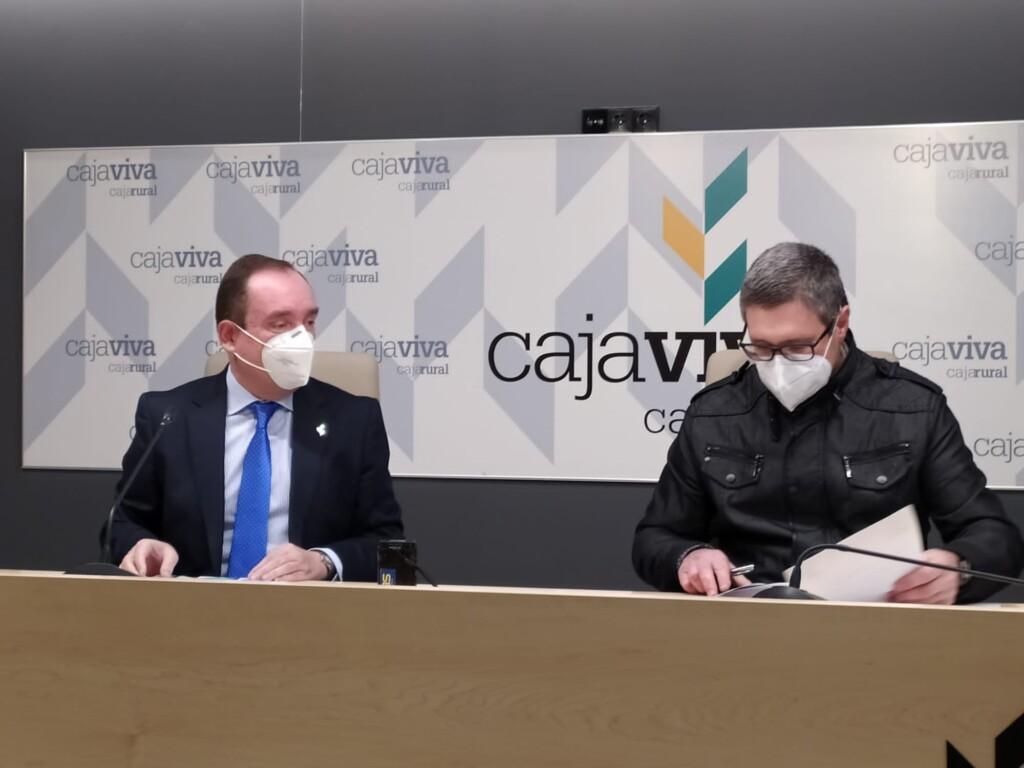 Ramón Sobremonte, Director General de Cajaviva Caja Rural, y Óscar Vidal, vicepresidente de ARANSBUR