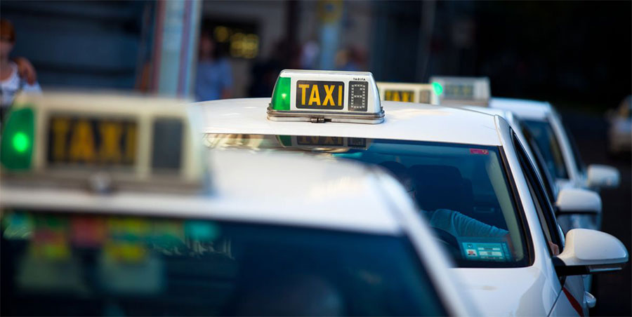 Fila de taxis