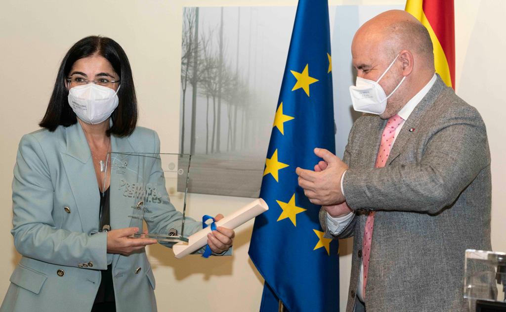 Carolina Darias recoge el premio